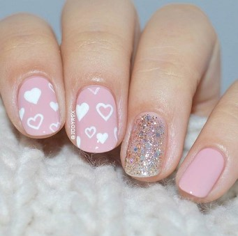 valentines day nail design 4