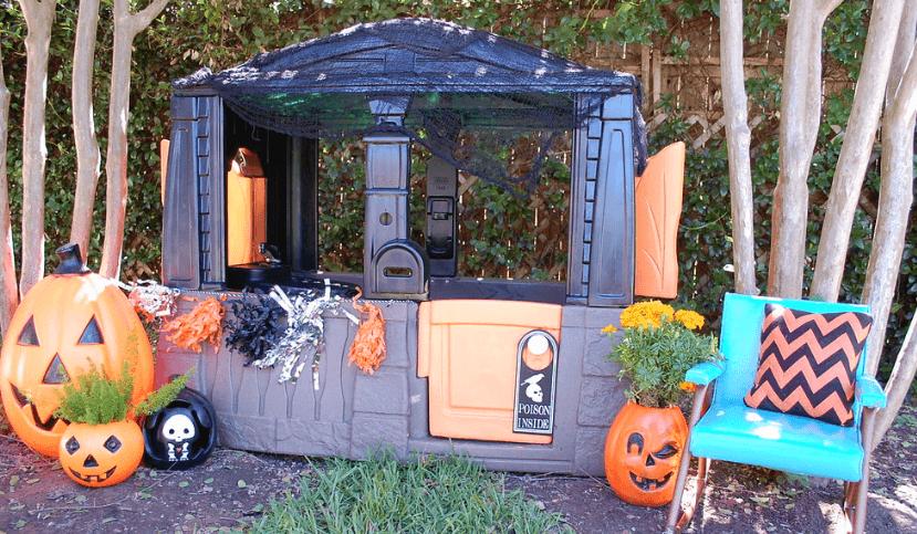 halloween house idea outsie